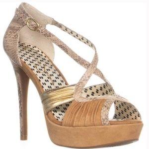 Jessica Simpson snakeskin prep toe heels size 6.5